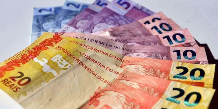 notas de Real 50 20 10 05 02 1 - Bancos reduzem estimativa de inflação para 4,11%