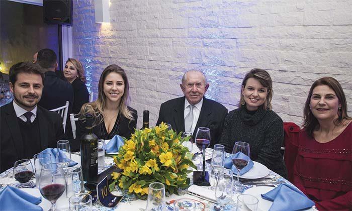 Acist 98 Anos Presenças 8 700x420 - Jantar de aniversário 98 anos da ACIST-SL