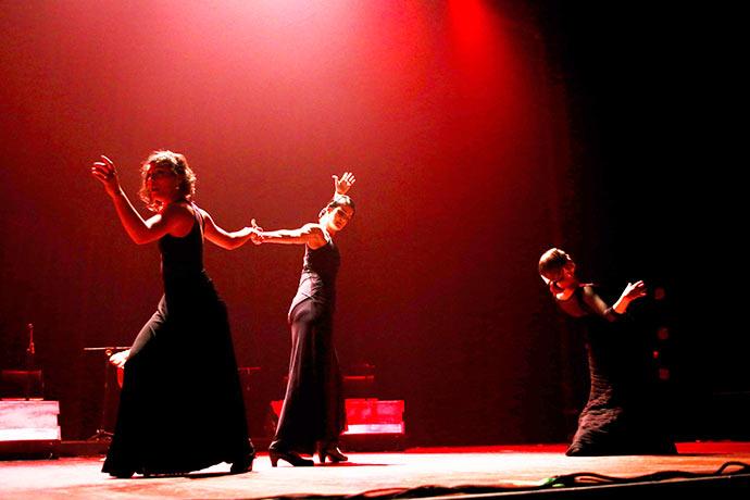 Ainda que seja Noite - Ainda que seja noite no Teatro Renascença dias 23 e 24