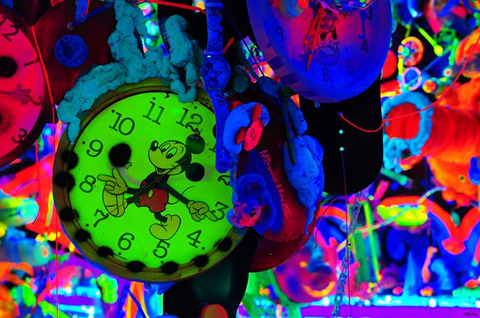 MTO Cosmic Cavern - Disney - Mickey 90 anos terá mostra de arte interativa