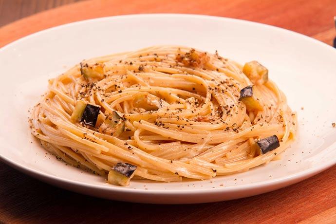 Spaghetti Integrale - Spaghetti Integrale alla carbonara de berinjelas