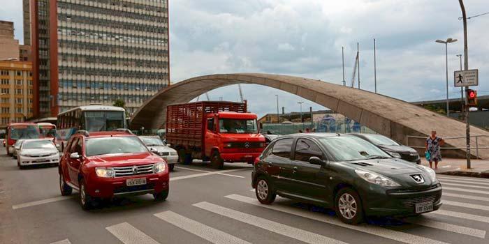 Visitação pública dos lotes ocorre nos dois dias que antecedem o leilão - Leilão de veículos e sucatas do DetranRS nesta quarta