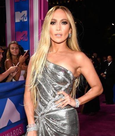 jlo - Jennifer Lopez usa alta joalheria no MTV VMA 2018
