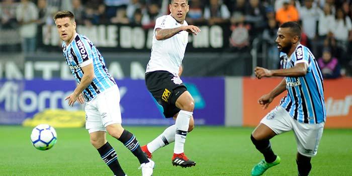 lg noticias fora de casa gra mio vence o corinthians 21783 - Grêmio vence o Corinthians pelo Brasileirão