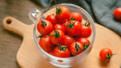 tomate 390x220 - Alimentos saborosos que ajudam a diminuir o inchaço