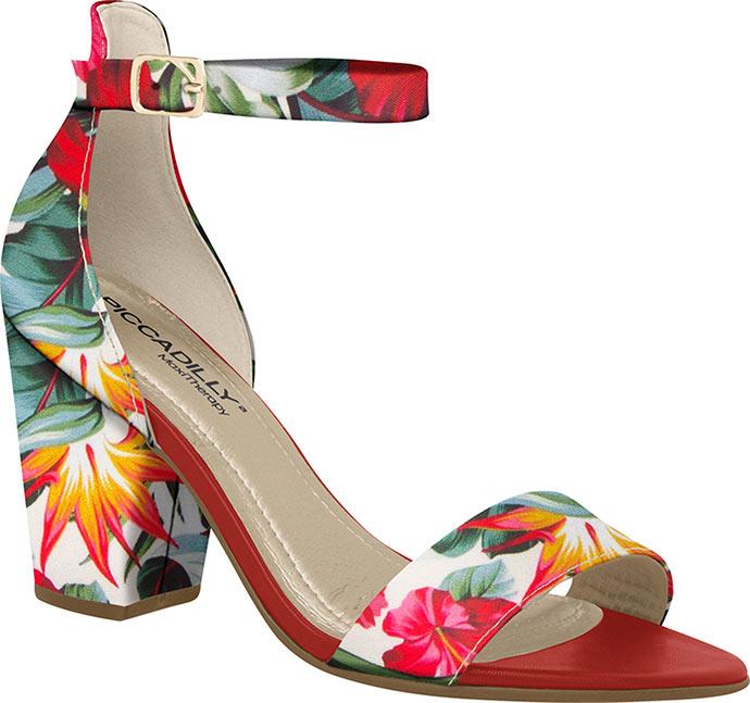PICCADILLY traz floral fun para coleção Primavera  Verão 18-19 ... 6b55a59613