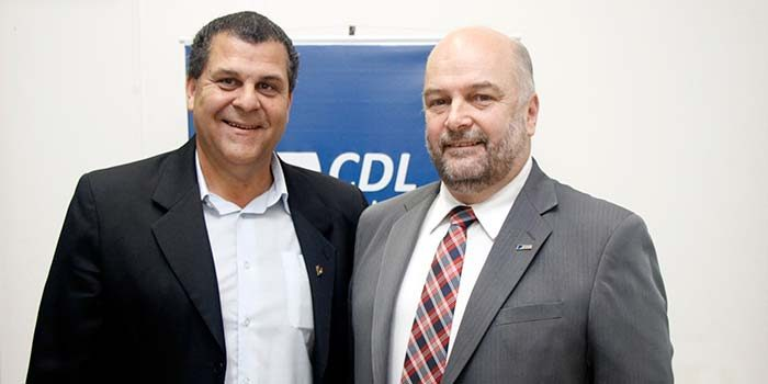 @ CDL SL Vitor 5 700x350 - Vitor Koch fala sobre o cenário econômico na CDL-SL