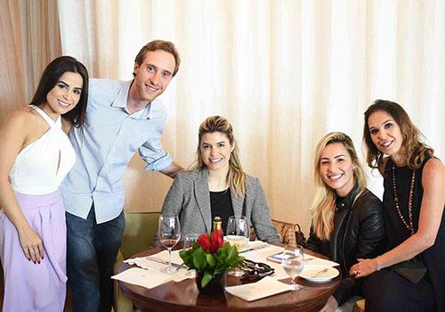 ANNA RAMALHO Shine Braga Stefano Schattan Aline Celles Bethania Rocha e Esther Schattan - Ornare faz almoço especial na abertura da CASACOR Rio
