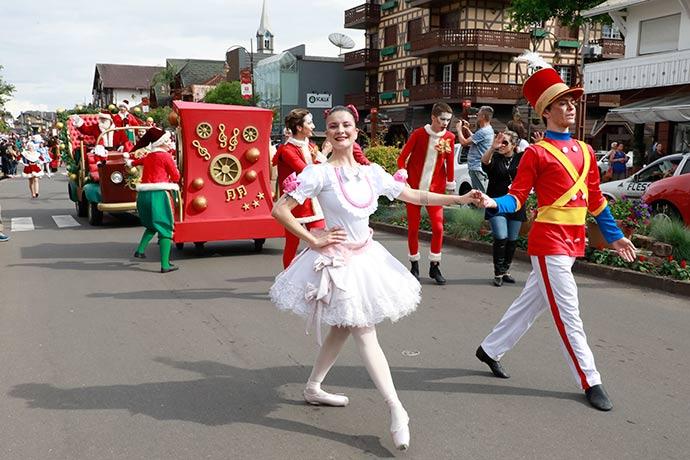 Foto Parada de Natal.1 - Natal Luz: audição para Parada de Natal e Trupe de Natal acontece domingo