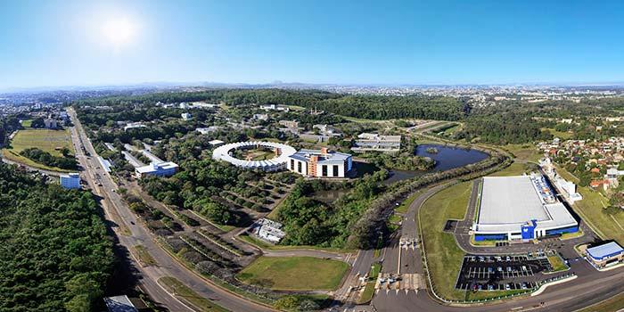 Imagens aéreas do Campus São Leopoldo da Unisinos 1 - Unisinos lança a Graduação PRO