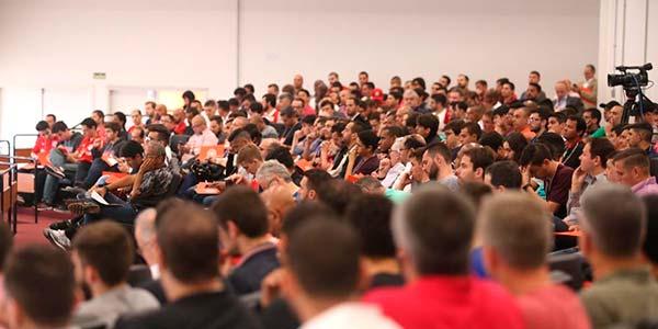 Pensando futebol do Inter 4 - 'Pensando Futebol' atrai grande público ao Gigante