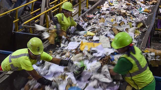 Reciclagem de lixo domiciliar - Gestão de resíduos está na pauta dos candidatos nas eleições 2018?