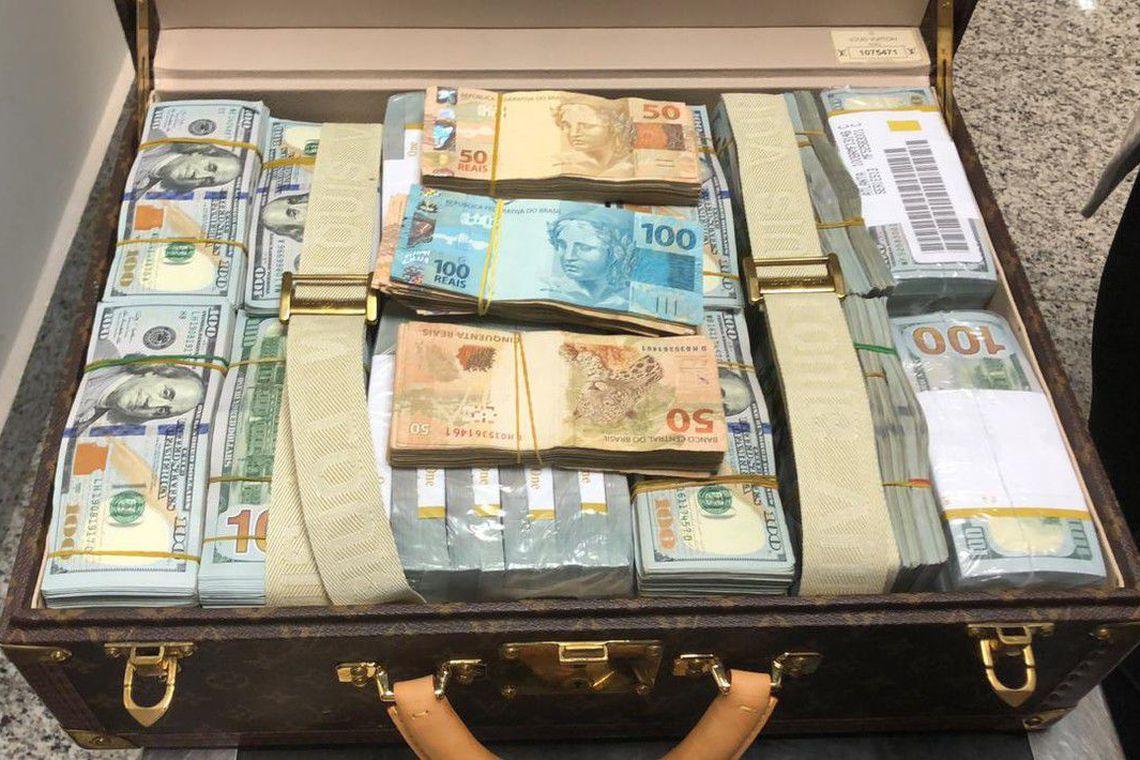 apreensao dolares joias 1  - Guiné Equatorial quer de volta os bens apreendidos com vice-presidente