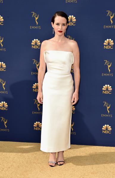 claire foy - Famosos vestem Calvin Klein no Emmy 2018