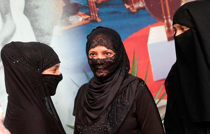 india mulheres - Adultério não é mais crime na Índia