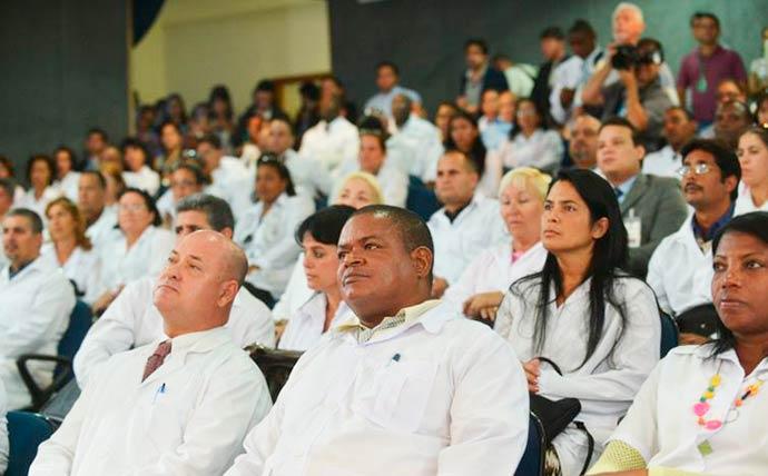 mais medicos - Governo regulamenta a residência de médicos cubanos