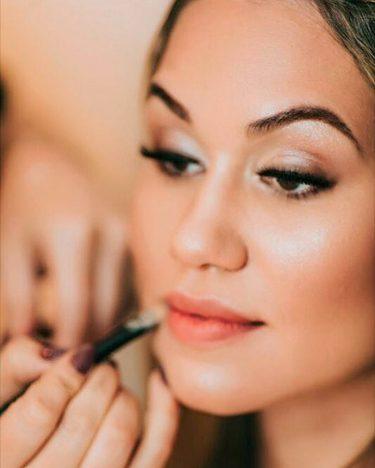 make up 375x468 - Maquiagem: make fresh é tendência Primavera/Verão