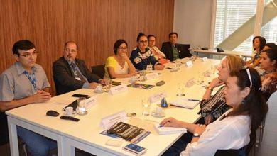 reunião com representantes do MDS programas federais 390x220 - CNM apresenta demandas para regulamentar programas federais em lei