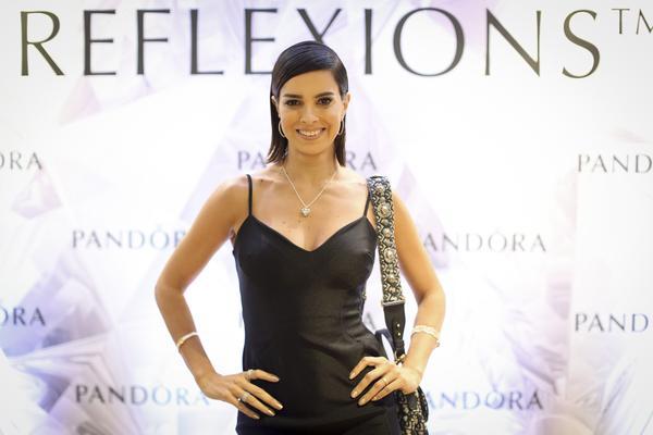 347847 831208 vera viel16 web  - Pandora reúne convidados para lançamento da Coleção Reflexions