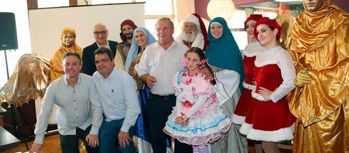 Autoridades e elenco 864x380 - Programação do 31º Sonho de Natal de Canela é lançada oficialmente