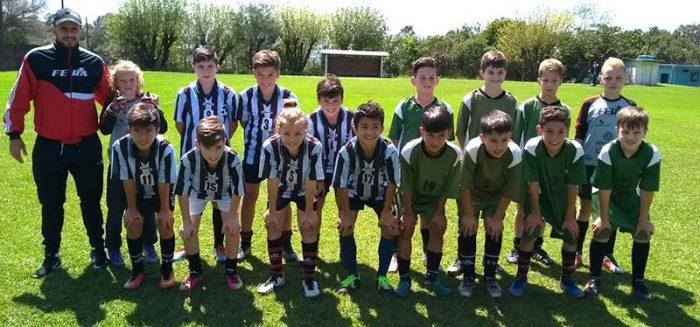 Copa de futebol de campo infantil em Salvador do Sul 3 700x327 - 1ª Copa de futebol de campo infantil em Salvador do Sul