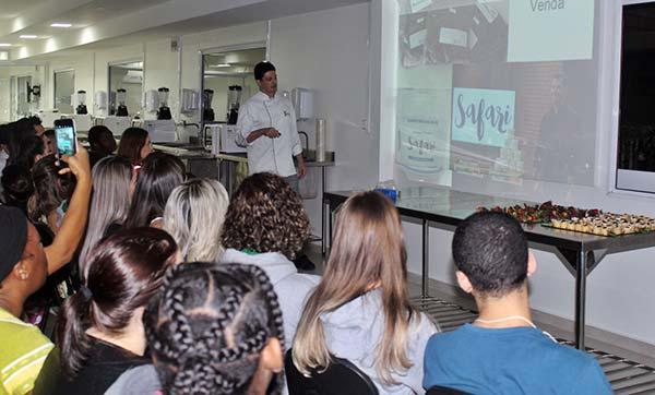 Faculdade Avantis insetos na gastronomia 1 - Palestra na Faculdade Avantis: insetos na alimentação