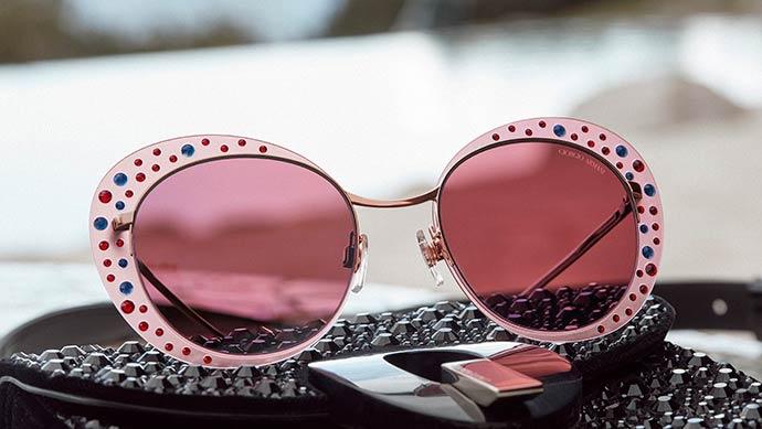 421a720334b2b Giorgio Armani apresenta nova coleção de óculos – Revista News