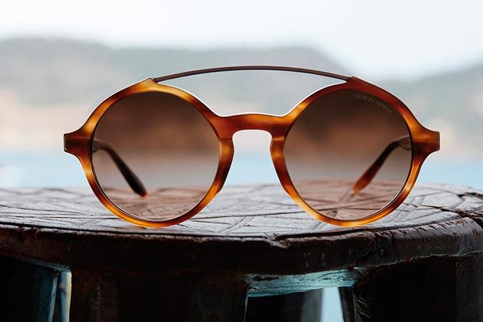 GIORGIO ARMANI FW18 EYEWEAR CAMPAIGN AR8114 2 - Giorgio Armani apresenta nova coleção de óculos