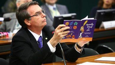 Jair Bolsonaro by Antonio Augusto cd 390x220 - Bolsonaro lidera entre mulheres, negros e em quatro regiões