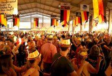 Oktoberfest 0106 220x150 - 40ª Octoberfest  de Esteio leva milhares de pessoas ao Parque Assis Brasil