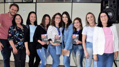 Premiação da Feirarte 3 390x220 - Premiação da Feirarte reúne alunos e familiares das oficinas na Asbem