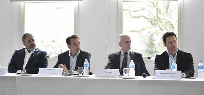 Santa Casa 02 - Santa Casa receberá R$ 1 milhão/mês do Município para redução do déficit com o SUS