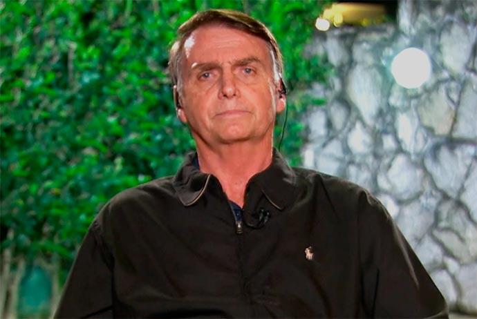 bolsonaro 1 - Juremir Machado pede demissão por não poder ter feito pergunta ao vivo para Bolsonaro