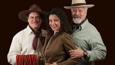 causosdocoronel credito irenesantos 390x220 - Causos do Coronel estreia dia 21 no Teatro do Bourbon Country