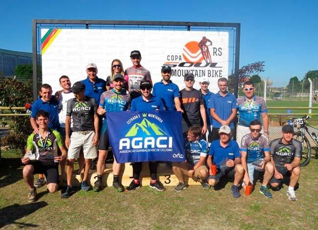 ciclis - Ciclistas realizaram prova histórica no 18º Giro da Champanha em Garibaldi