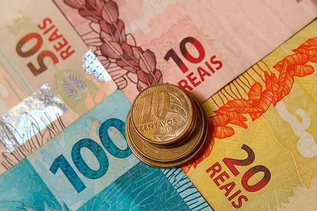 dinhe - Inflação desacelera para todas as classe sociais