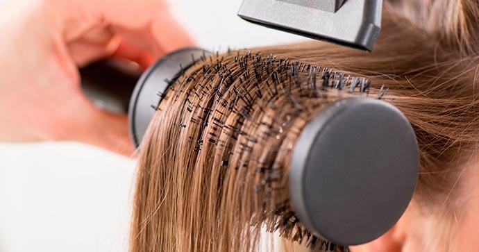 escova cabelo - Cabelos: dicas para uma escova durar mais tempo