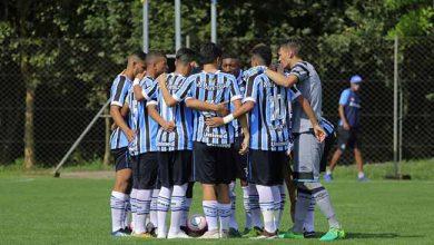 gra mio derrota o cricia ma pela copa sul sub 19 390x220 - Sub-19 do Grêmio vence o Criciúma