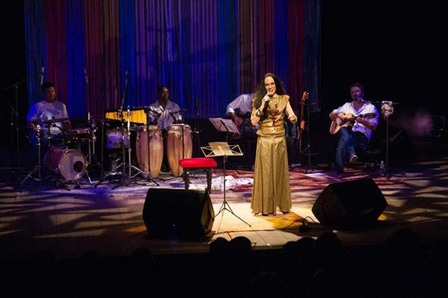 maria betania poa - Maria Bethânia no Teatro Renascença neste fim de semana