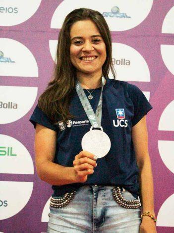 07133829 1562371 GD 351x468 - Atletismo feminino garante medalhas gaúchas nos Jogos Universitários Brasileiros