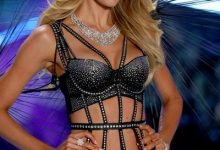 350238 841825 candice swanepoel walks the runway wearing swarovski in the 2018 vsfs 5 web  220x150 - Atelier Swarovski apresentou joias no Victoria's Secret Fashion Show