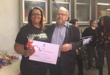 Docente Elisângela Lara e o Secretário de Saúde Francisco Paz 220x150 - Senac São Leopoldo recebe distinção do Governo do Estado