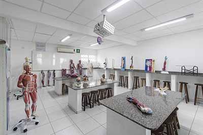 Elite Avantis oferece 20 bolsas de estudos - Concurso da Faculdade Avantis, em Balneário Camboriú, está com inscrições abertas