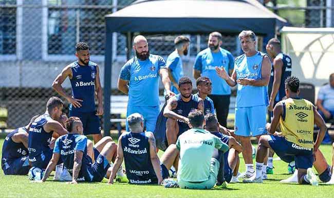 GRÊMIO X VASCO Último treino - Grêmio treina e prevê desfalques diante do Vasco