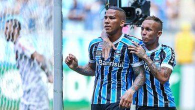 Grêmio vira vence o Vasco na Arena e volta ao G4 390x220 - Grêmio vence e volta ao G4 do Brasileirão