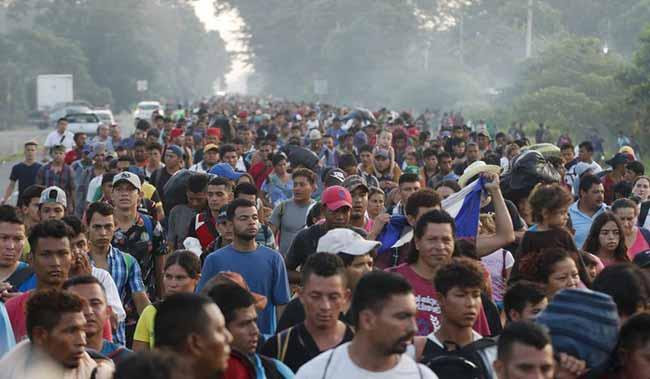 Imigrantes centro americanos 2018 - 5 mil imigrantes centro-americanos já estão na fronteira dos EUA