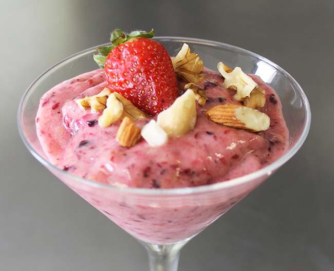 Sorvete Saudável de Frutas Vermelhas com Banana 2 - Sorvete saudável de frutas vermelhas com banana