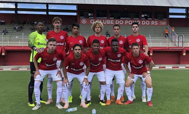 Sub 17 goleia e fecha a 2ª fase do Estadual na liderança - Inter Sub-17 goleou o Caxias por 6 a 0 no CT de Alvorada