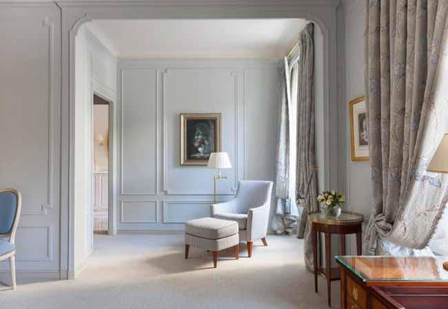 ViewImage - Le Bristol Paris apresenta quartos e suítes renovados