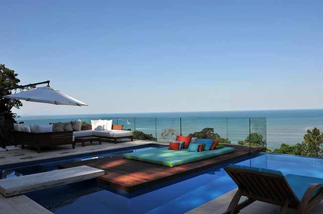 arquiteta Karina Korn 4 - Casa na praia destaca vista com piscina de borda infinita